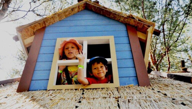 Pie Pērnavas atklāts jauns piedzīvojumu parks bērniem – Lotes zeme