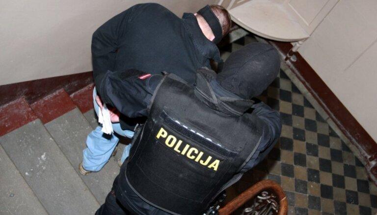 Jēkabpils 'policisti – laupītāji' liedzas atzīties likumsargu nošaušanā