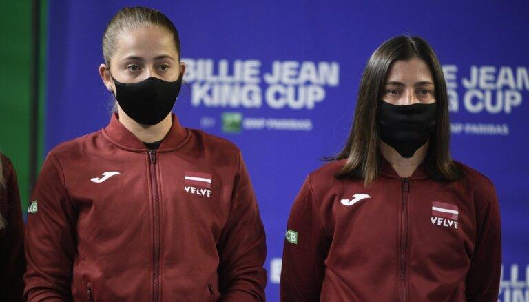 Ostapenko un Sevastova uzsāks Latvijas dueli pret Indijas izlasi