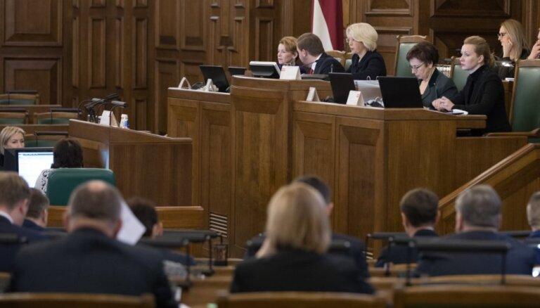 Saeima pauž atbalstu Ukrainai pēc Krievijas agresijas Kerčas šaurumā