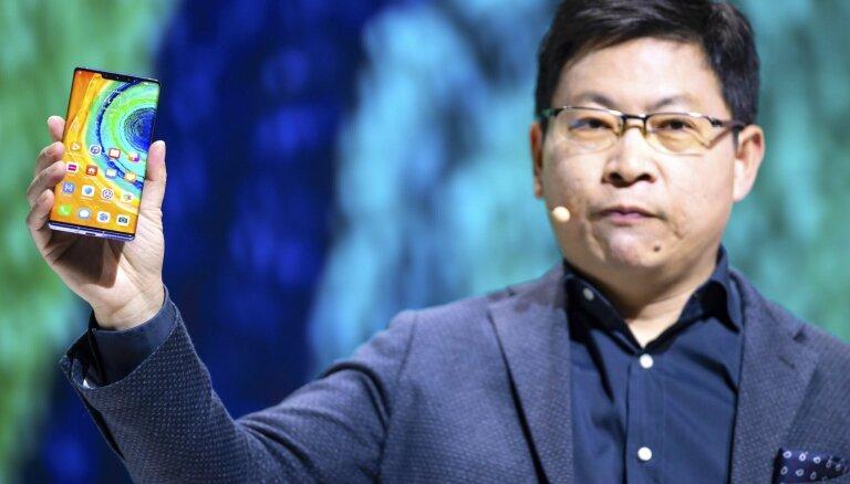 ФОТО: Huawei презентовала новые флагманы без сервисов Google