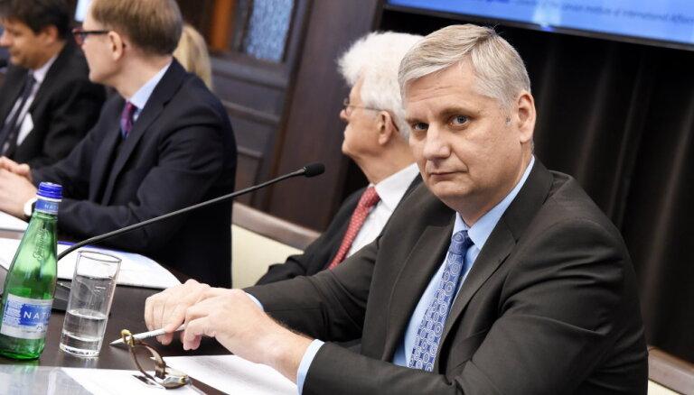 """Российский эксперт: """"Думаете, что Россия хочет воевать с НАТО?! Что в Кремле идиоты сидят?!"""""""
