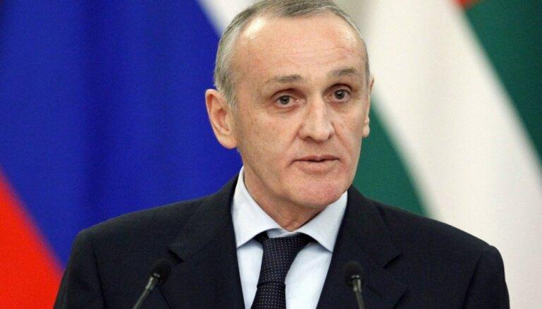 Abhāzijas parlaments pieprasa prezidenta atkāpšanos