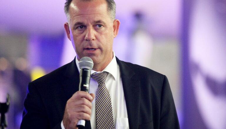 Доходы Мартина Гаусса в компании airBaltic превысили миллион евро