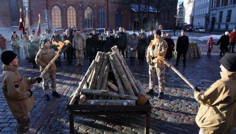 Вейонис: единение вокруг костров январских баррикад всегда будет источником сил для страны и народа