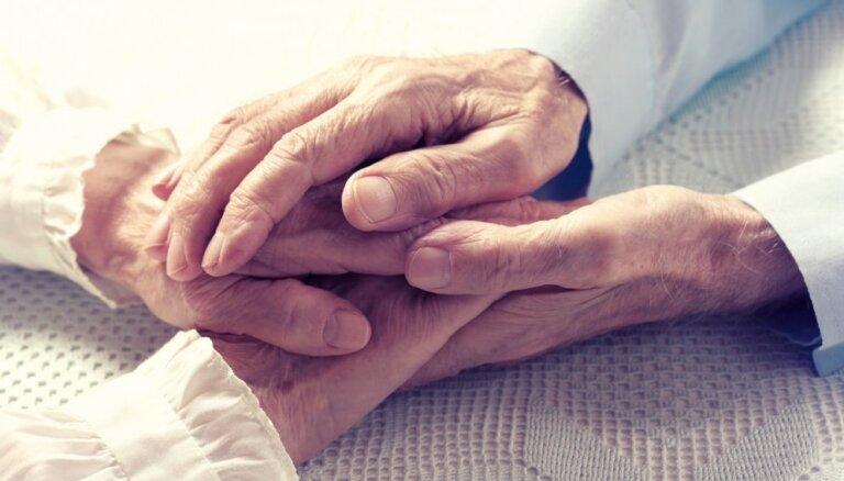 Стаж и пенсия за супруга. Что произойдет с пенсиями в 2018 и 2019 годах?