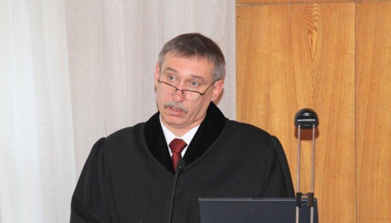 Kalnmeiers policijai norāda uz visai zemo izmeklēšanas kvalitāti