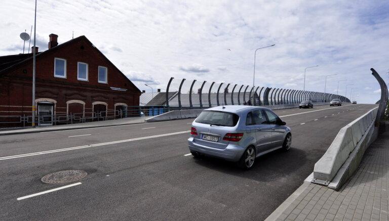 Tiesā apstrīd jaunā Daugavpils satiksmes pārvada nodošanu ekspluatācijā