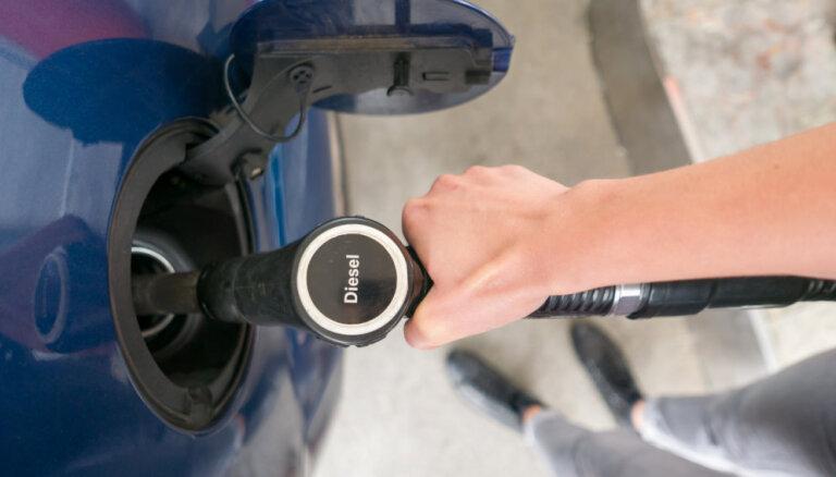 Degvielas cenas Viļņā sarūk, Tallinā aug, bet Rīgā nemainās
