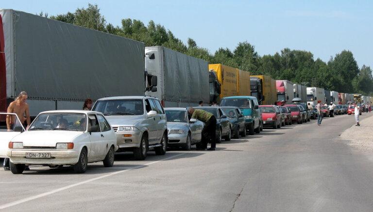 Terehovā būtiski samazinājusies automašīnu rinda