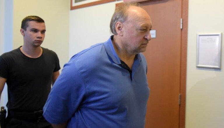 'Rīgas satiksmes' iepirkumu lietā aizdomās turēto Volkinšteinu patur apcietinājumā