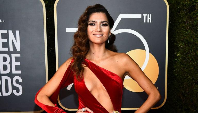 Amerikāņu aktrise ar tērpu izrāda klaju necieņu
