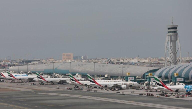 Dubaijā, nokrītot nelielai lidmašīnai, miruši četri cilvēki