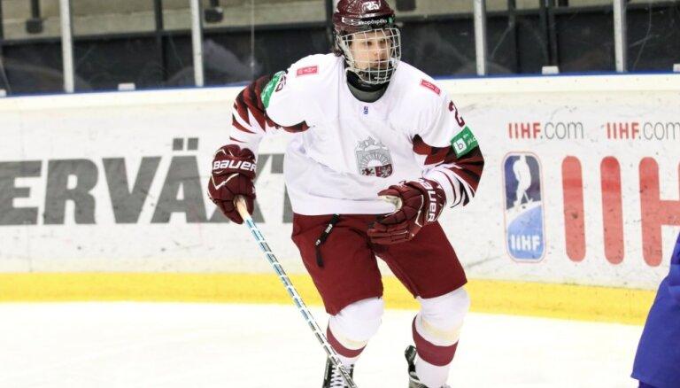 Сборная Латвии U-18 впервые вышла в четвертьфинал чемпионата мира по хоккею