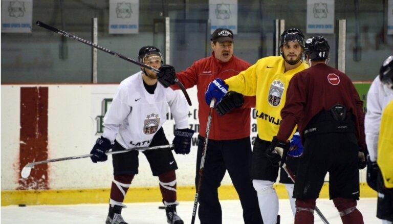 ФОТО: Сборная Латвии начала подготовку к турниру Euro Ice Hockey Challenge