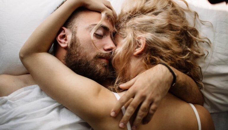 Ieteikumi labākam miegam, ja gultu dali ar partneri