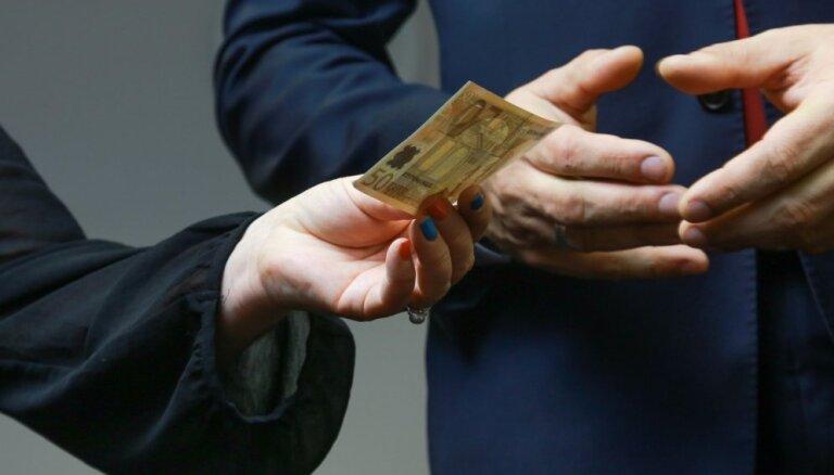 Pērn Korupcijas uztveres indekss Latvijā nav uzlabojies