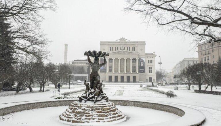 Spoži viesmākslinieki un debijas Latvijas Nacionālās operas izrādēs janvārī