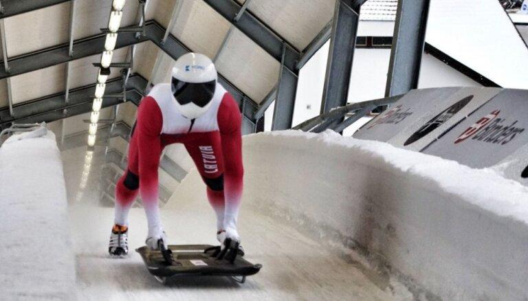 Третий скелетонист Латвии попал в призеры этапа Межконтинентального кубка