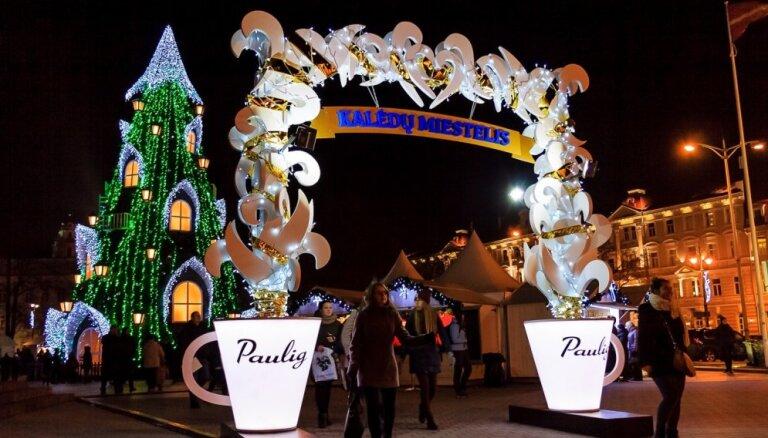 12% жителей Латвии встречают Рождество и Новый год за границей