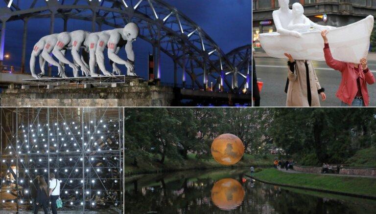 Foto: Māksla pārņem Rīgu – notikusi ikgadējā 'Baltā nakts'
