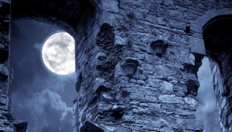 Гонка за лунные ресурсы началась. Кто и как пишет правила игры?