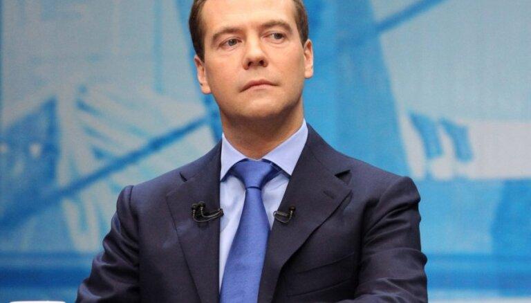 Медведев: выборы будут честными и непредсказуемыми