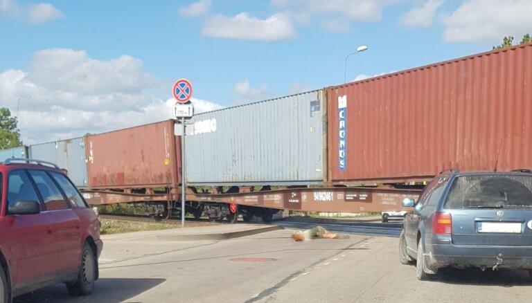 Vilciens Ludzā nāvējoši notriecis sievieti