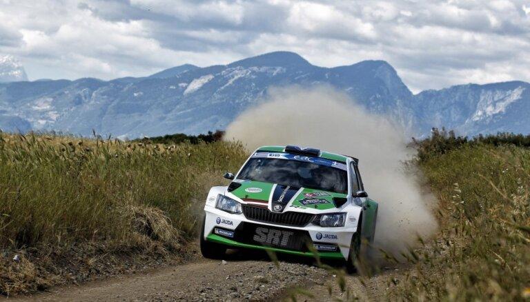Ralfs Sirmacis sensacionāli uzvar Eiropas rallija čempionāta posmā Grieķijā