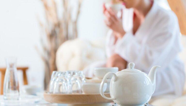 Mirdzošā galvaskausa elpa un citi elpošanas vingrinājumi efektīvai stresa mazināšanai un enerģijas vairošanai