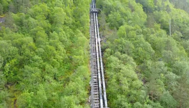 ФОТО. Лестница в Норвегии, которая насчитывает 4444 ступеньки