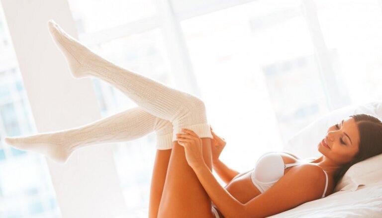 Ученые выяснили, почему секс в носках чаще приводит к оргазму