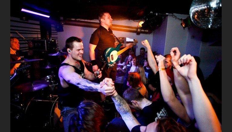 Smagās mūzikas grupa 'Enhet' 14. dzimšanas dienu atzīmēs ar vairākiem koncertiem