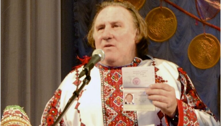 Депардье стал героем фотожаб на русскую тему