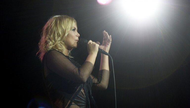 Linda Leen izsludina 'Klasika' papildkoncertu Vidzemes koncertzālē 'Cēsis'