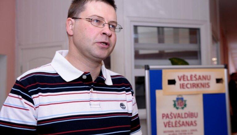 Премьер: латышским партиям в Риге не хватило единства