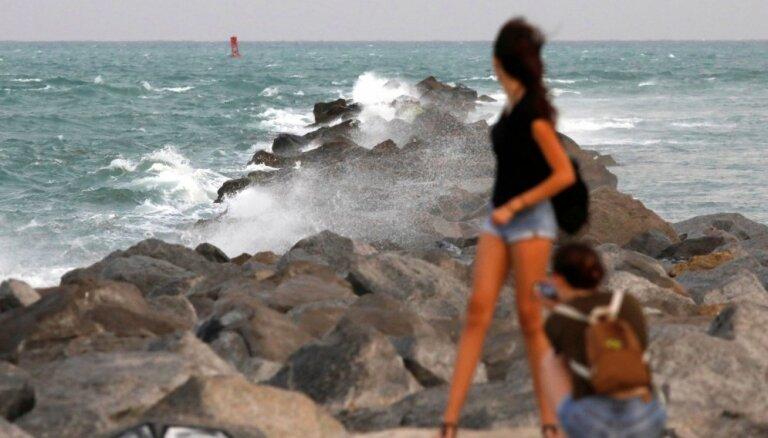Aptauja: 20% iedzīvotāju dodas ārvalstu ceļojumos, savlaikus nenokārtojot citas saistības