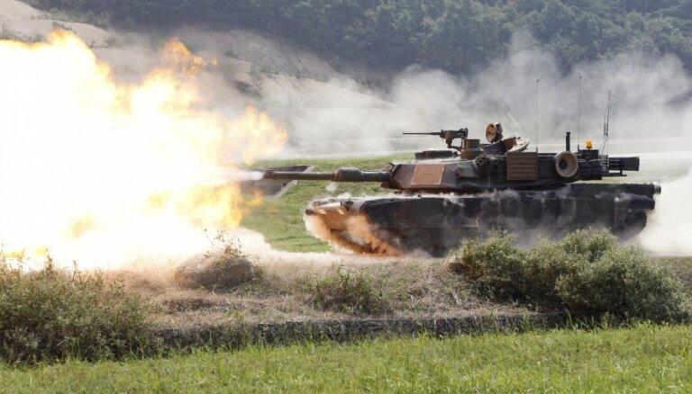 США могут разместить дополнительные танки в Латвии