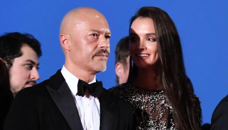 Федор Бондарчук и Паулина Андреева сыграли таинственную свадьбу
