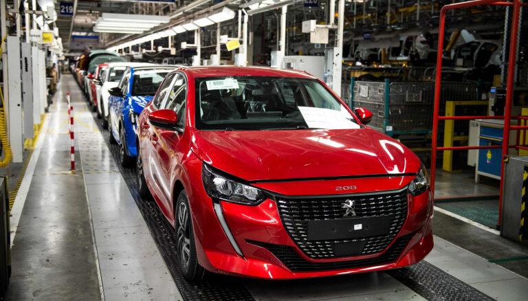 'Peugeot' un 'Citroen' autoražotājam realizācija nokritusies par 30%