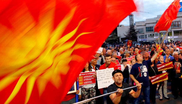 Maķedoniju pārdēvējot par Ziemeļmaķedoniju, maķedonieši zaudēšot identitāti, uzskata prezidents