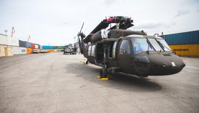 'Black Hawk' helikopteri veiks pārlidojumus virs Rīgas