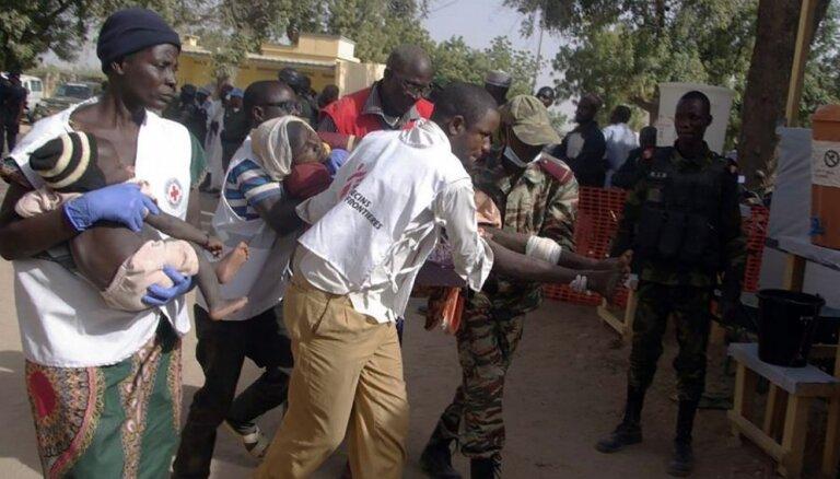 Bērni-pašnāvnieki uzspridzinās pilsētā Kamerūnā; 11 bojāgājušie