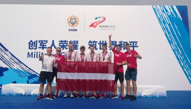 Latvijas komanda triumfē pasaules militārpersonu čempionātā šosejas riteņbraukšanā