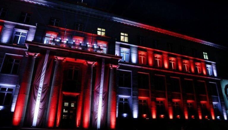 Foto: Sācies gaismas festivāls 'Staro Rīga'