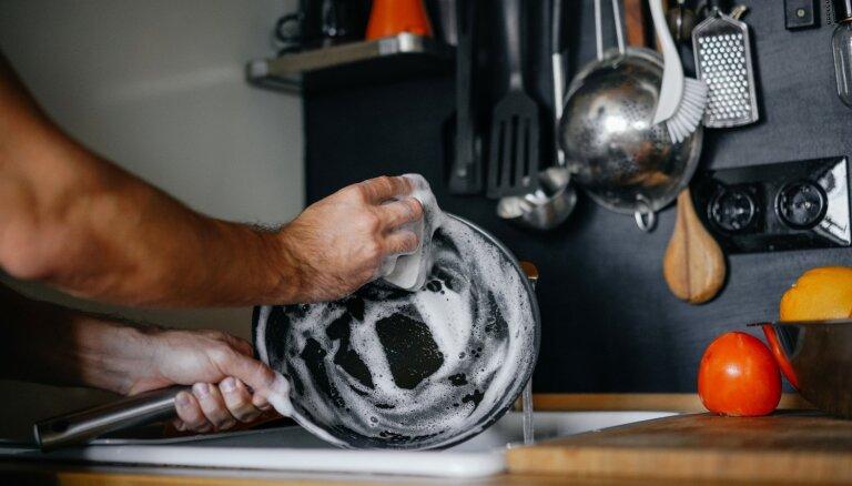 5 вещей, которые никогда не следует делать с металлическими губками