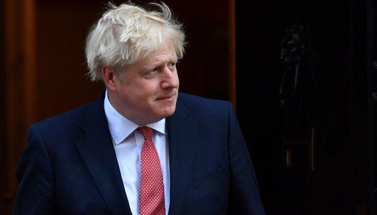 'Viņš ir cīnītājs': britu ārlietu ministrs pārliecināts, ka Džonsons uzvarēs koronavīrusu