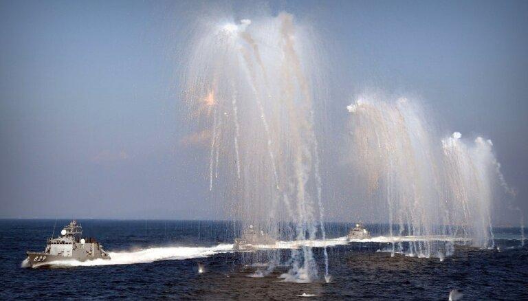 ASV un Filipīnas Dienvidķīnas jūrā sāk militārās mācības; Ķīna dusmojas