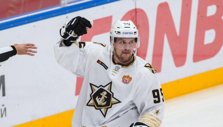 Bukarts kārtējā zaudētā KHL spēlē gūst jau trešos vārtus šosezon