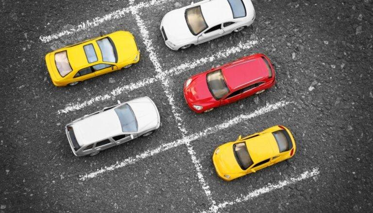 С четверга в Риге вновь начнут ставить блокираторы: что нужно знать автоводителям